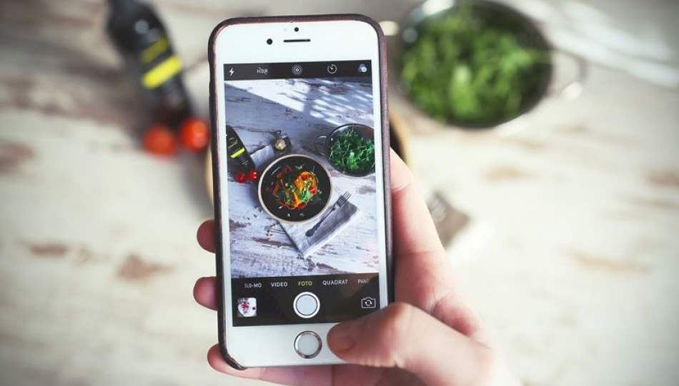 How to take better photos with your iPhone: Experts Reveal